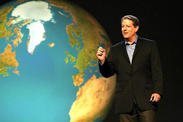 al-gore-durante-una-conferenza-sui-cambiamenti-climatici